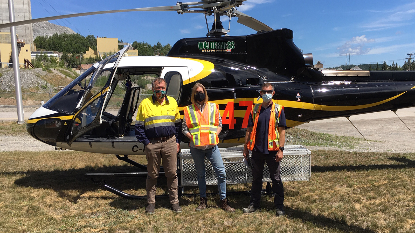 Mark Bristow (left) and North America chief operating officer Catherine Raw (centre), visit the Hemlo operation in Canada.